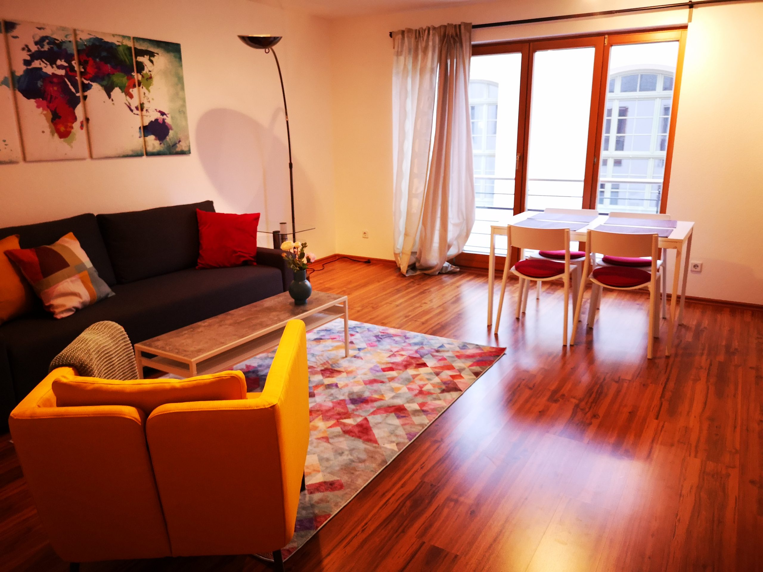 Spacious 1-bedroom apartment in the middle of Dresden's baroque quarter
